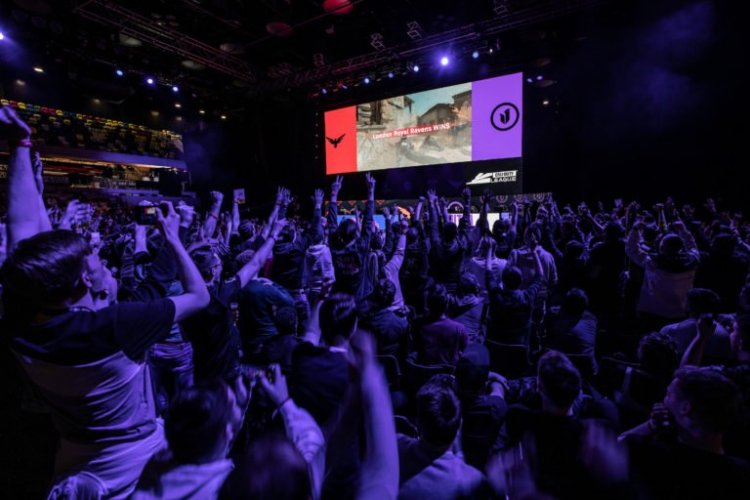 Call of Duty League confirms return of fans for Stage 5 Major