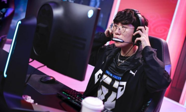 Gen.G take down Hanwha Life Esports, maintain first place in 2021 LCK Summer Split
