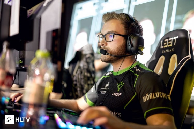 Sprout consider removing denis - report